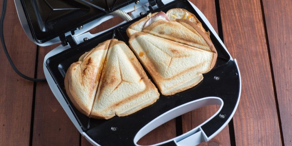sandwich maker features